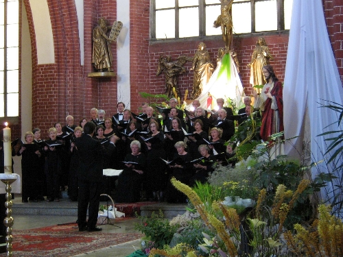 Chicago Master Singers Tours Beautiful Poland