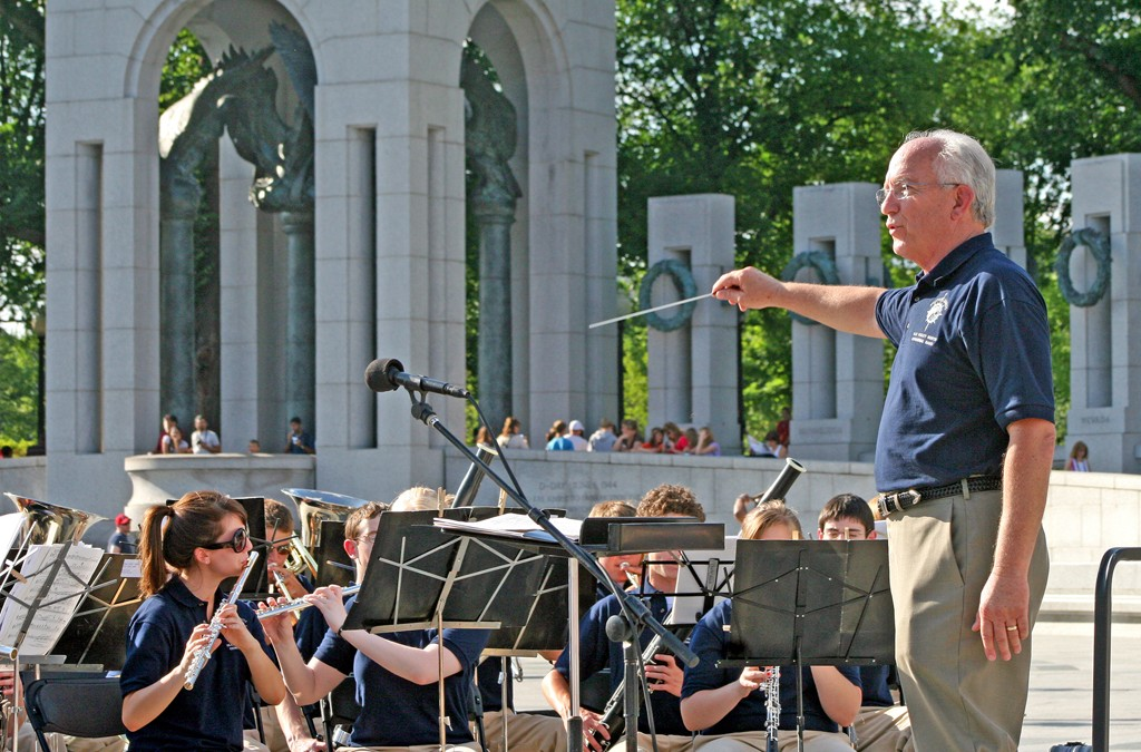 Blue Valley North Symphonic Band Commemorate The 65th Anniversary Of D Day In Washington
