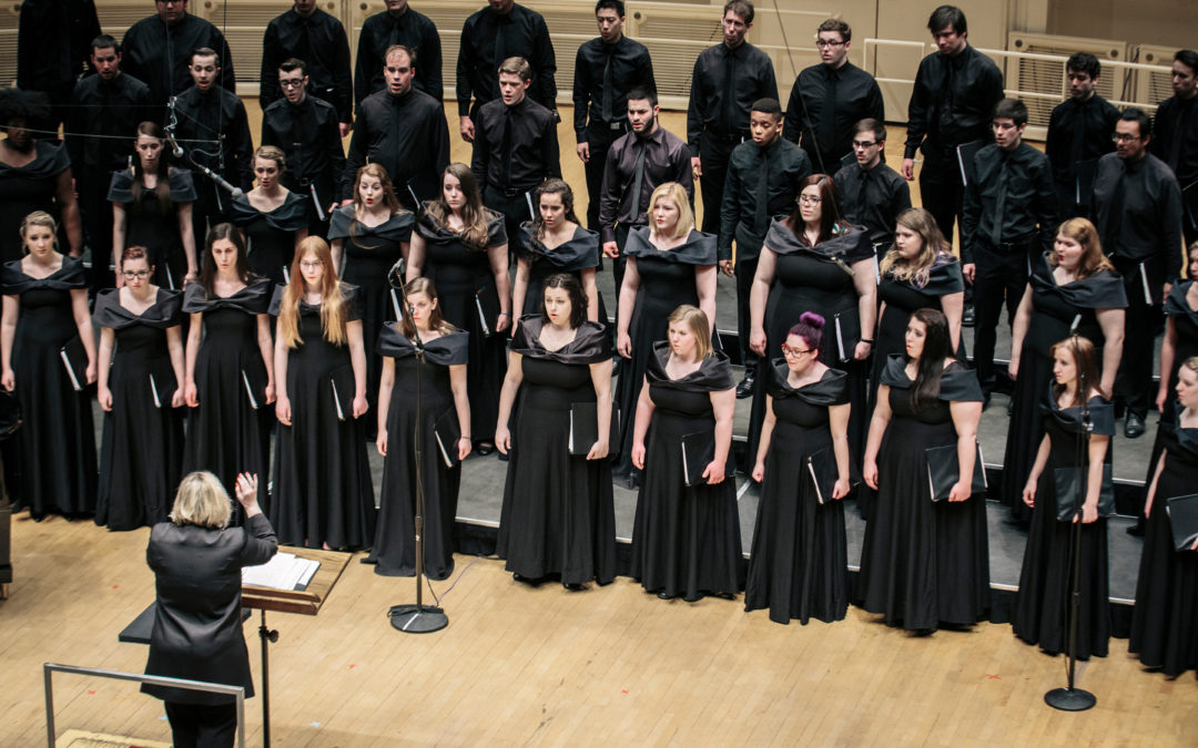 "Stroope ""Thrills"" at the Windy City Choral Festival"