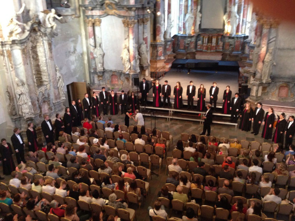 millikin-university-choir-st-catherines-church-vilnius